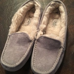 UGG Ansley Womens Moccasin Slipper Size 6 3312